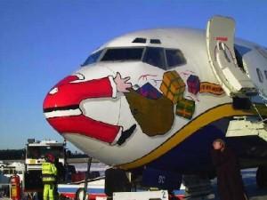 http://gremlindog.com/wordpress/wp-content/uploads/2008/12/santa-claus-airplane-300x225.jpg